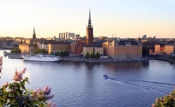 varm bisexuell dansa nära Stockholm