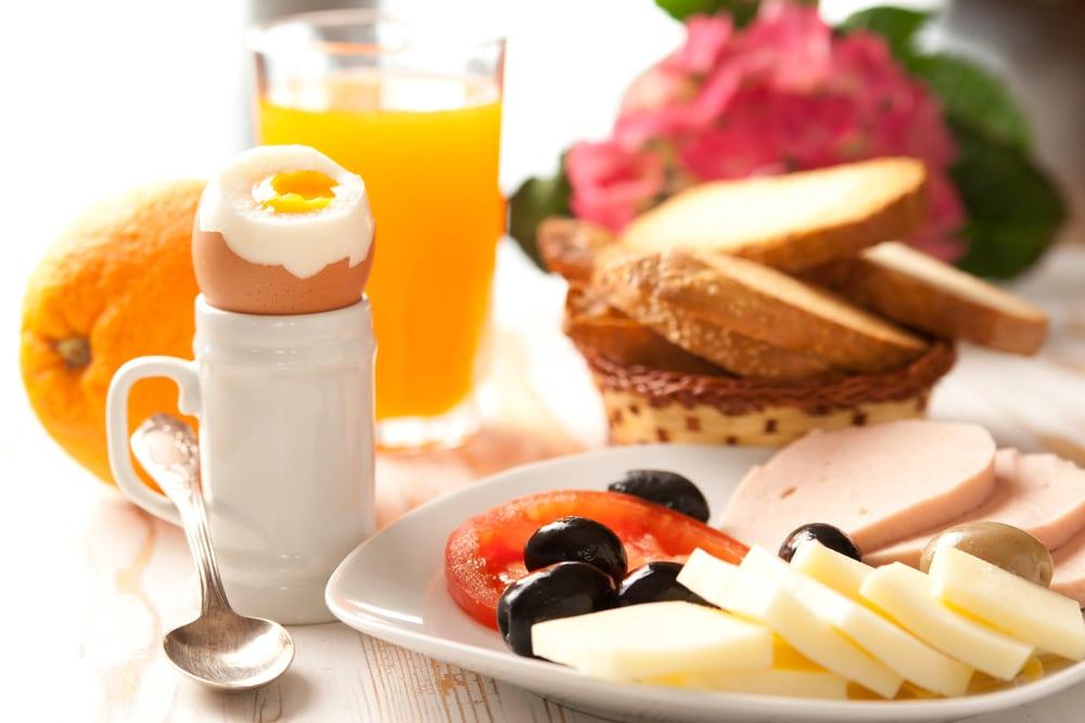hotellfrukost ägg