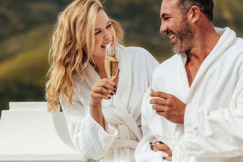 Modell för en dag + lyxig spaweekend? Tävla om en oförglömlig helg med din bättre hälft hos oss på HotelSpecials.